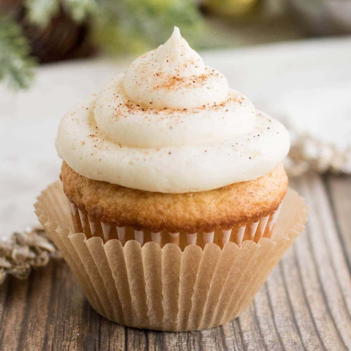 Eggnog cupcake on table