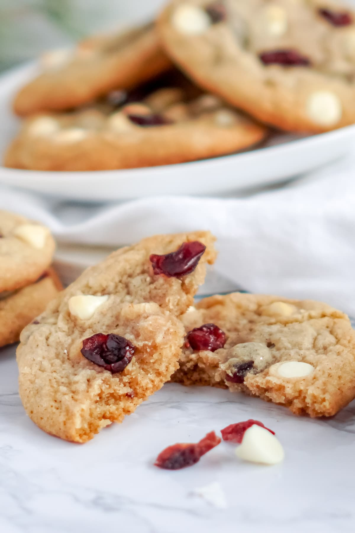 white chocolate cranberry Christmas cookies