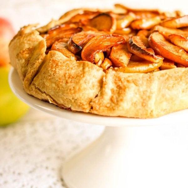 apple tart dessert