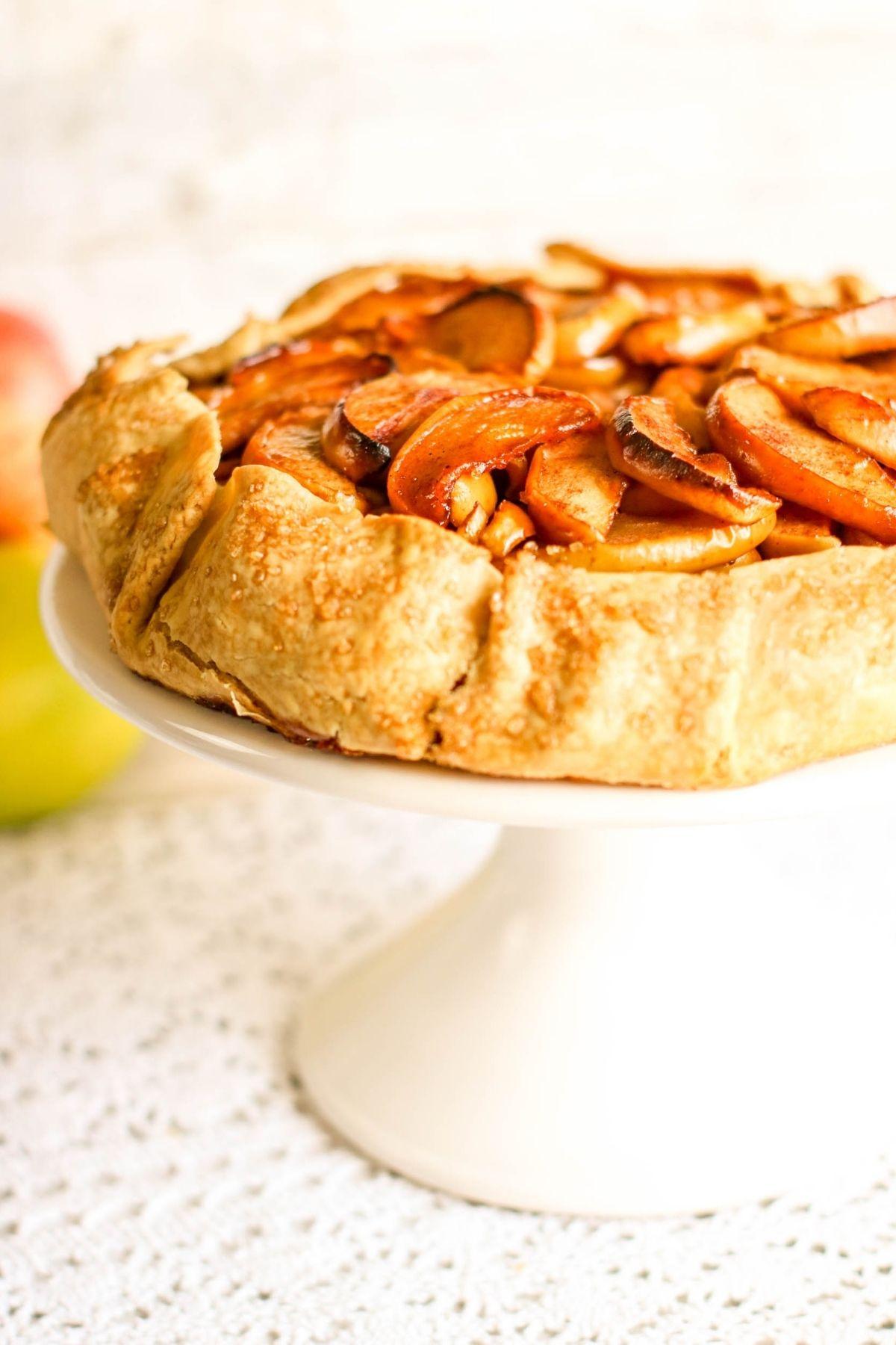 apple pie tart using premade pie crust
