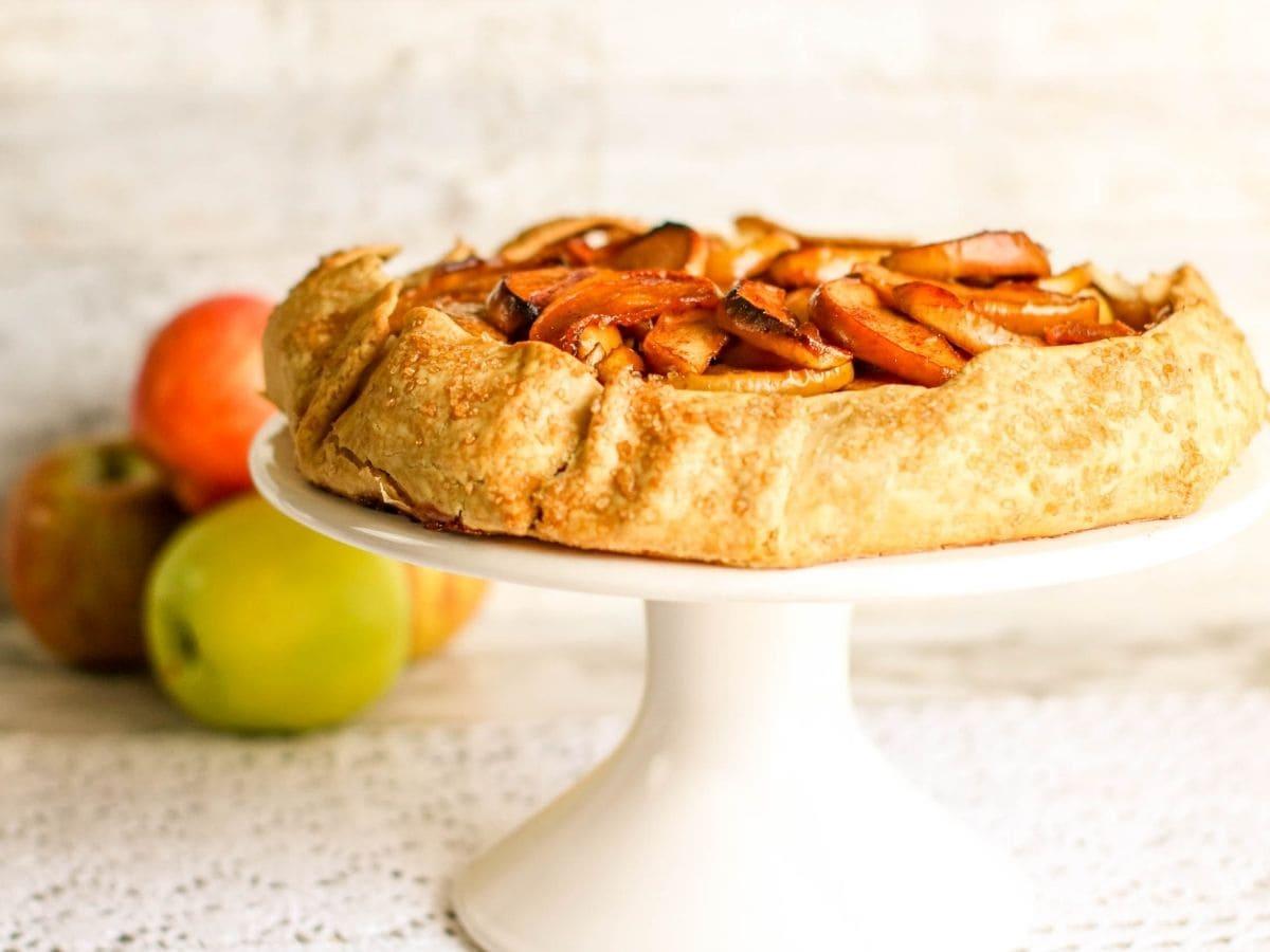 Apple tart made with premade pie crust